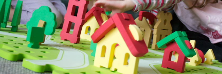 Image of children playing with building blocks