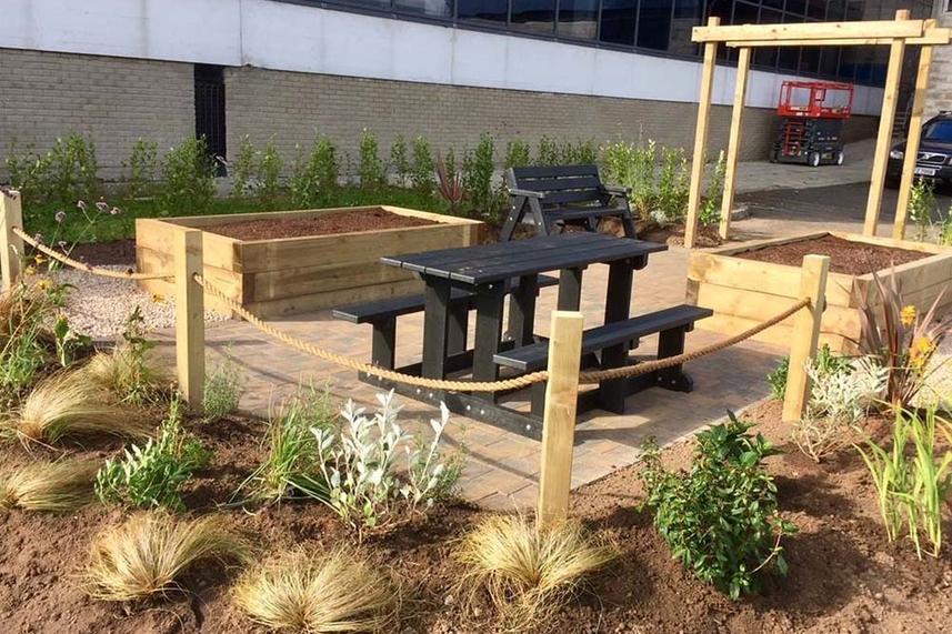 New dementia friendly garden opens in Larne image