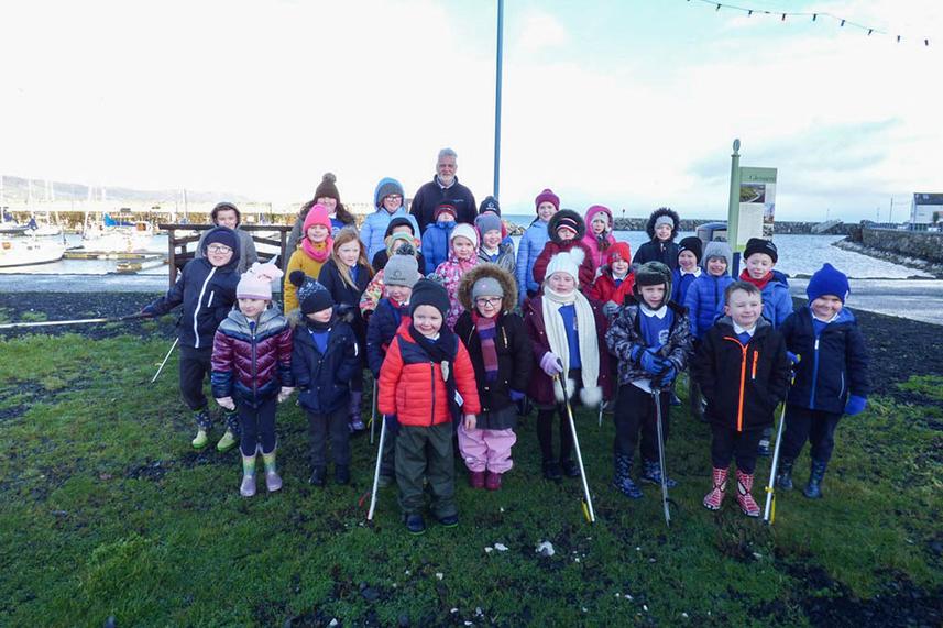 Carnalbanagh pupils make clean sweep at Glenarm Marina image