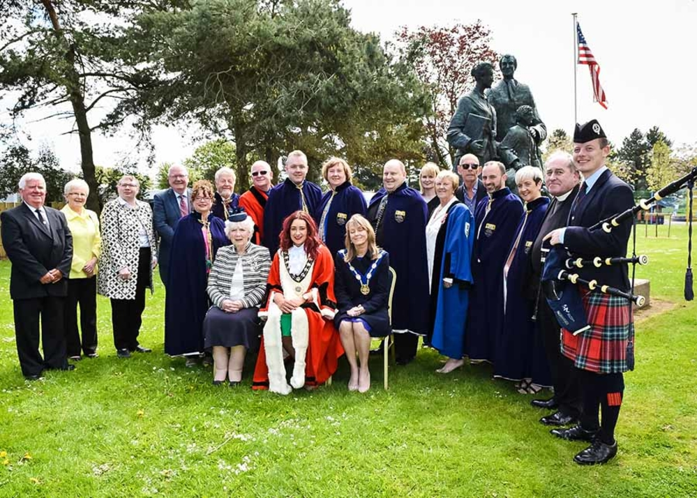 A poignant ceremony has been held in Curran Park to mark the departure of the Friends Goodwill ship over 300 years ago.