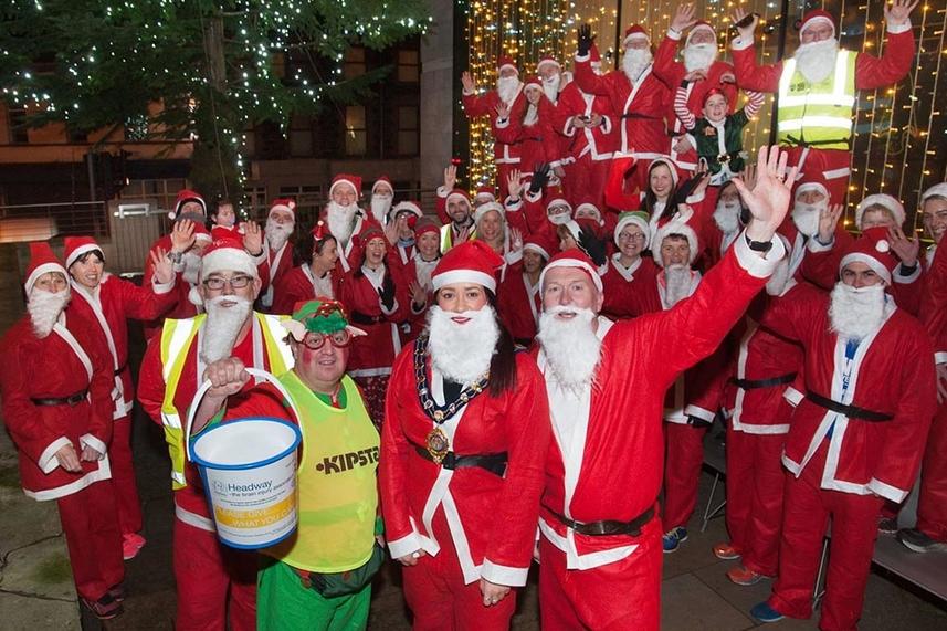Mayor runs wild with Ballymena Santas image