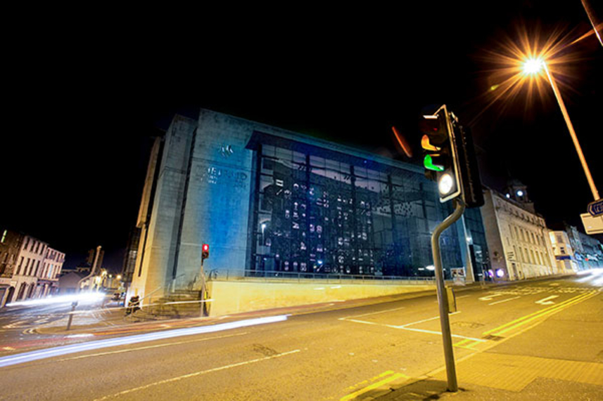 Council buildings to 'light up blue' for World Autism Day image