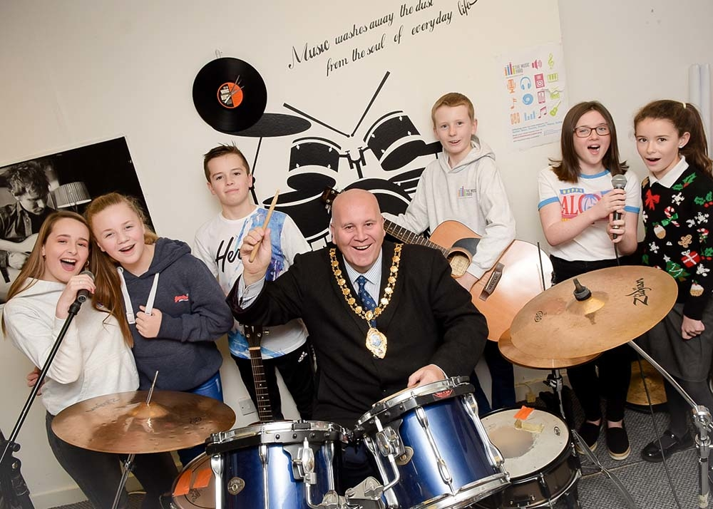 The Mayor Cllr Paul Reid drumming up support for his charity with free concert featuring The Music Yard choir