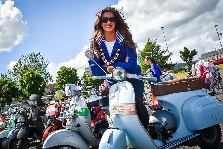 Thousands of Vespas roll into Carrickfergus image