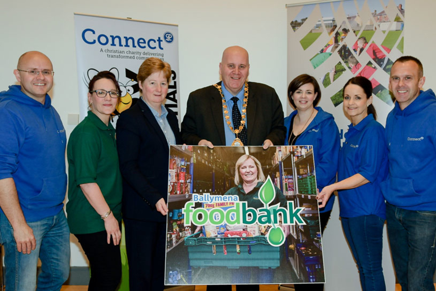 Council helping raise awareness of Foodbank services image