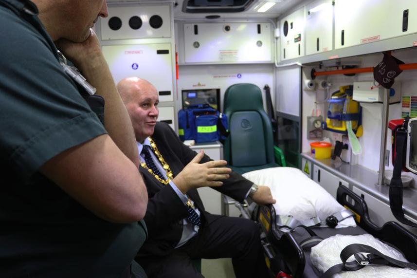 Mayor praises 'heroic' Ambulance Service staff following visit to Ballymena headquarters image