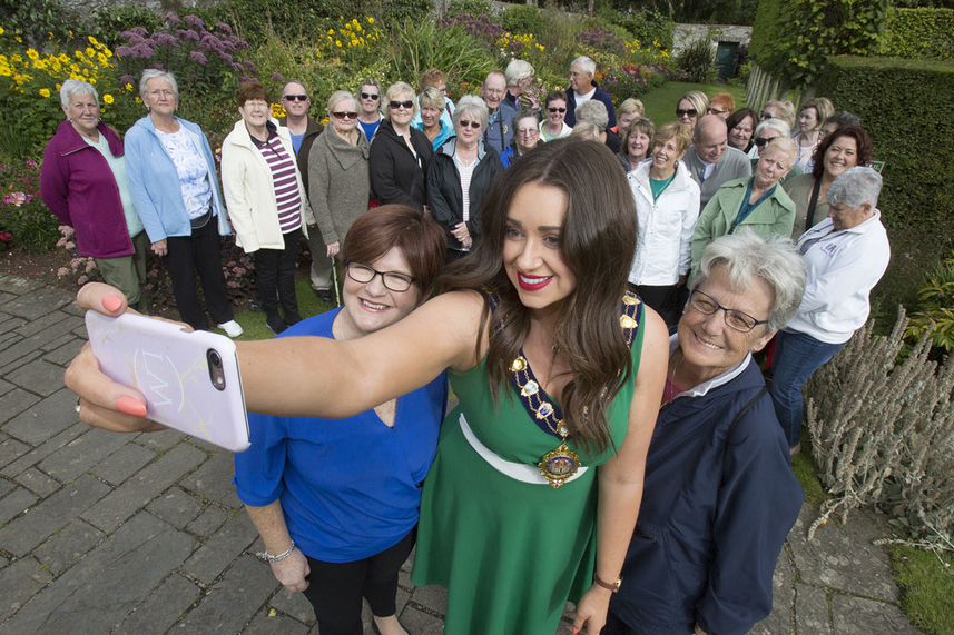 US tour groups get a taste of the Glens on borough wide tour image